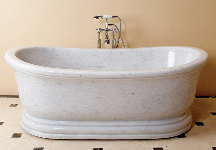Mobile Home Bathtub with Center Drain