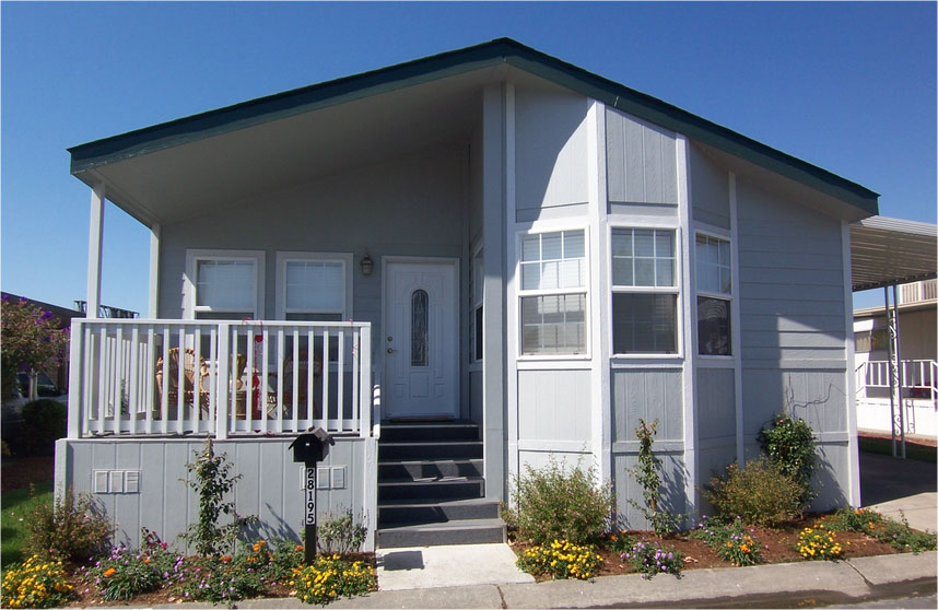 Remodeling a Mobile Home Look Like a House