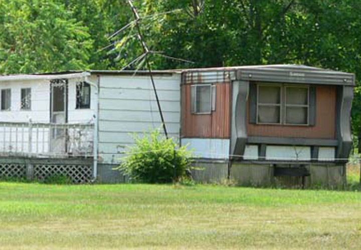Old American Style Mobile Homes